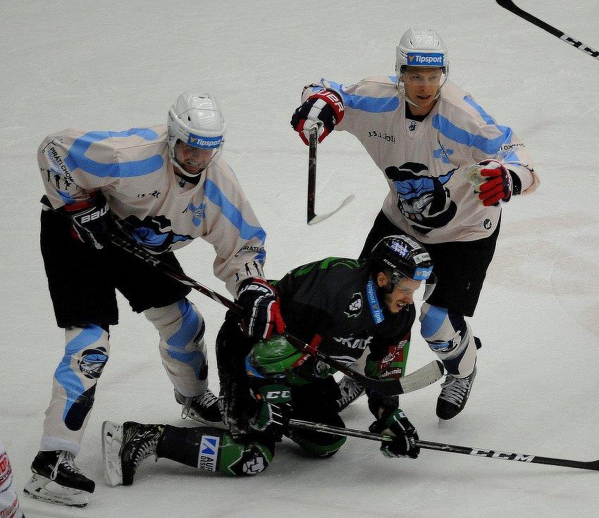 35. kolo hokejové extraligy: Piráti Chomutov - BK Mladá Boleslav 3:5.