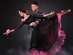 Taneční pár a zároveň organizátoři Vánoční ceny Vít Domorád a Simona Tejcová.