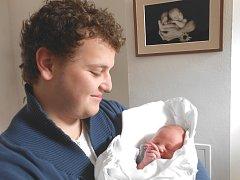 TOMÁŠEK Cihlář se narodil 6. října mamince Tereze a tatínkovi Danielovi z Mladé Boleslavi. Vážil 3,5 kg a měřil 50 cm.
