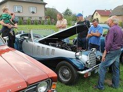 Na benefici návštěvníky lákala i prohlídka historických vozidel
