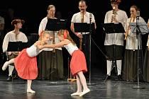 Základní umělecká škola připravila v Městském divadle první komponovaný večer