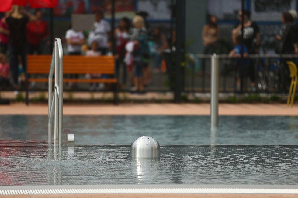 Slavnostní otevření koupaliště v Benátkách nad Jizerou v úterý 1. června 2021.