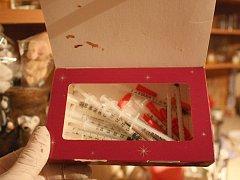 Výrobnu drog odhalili kriminalisté v Beznu Sovinkách