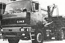 Škoda Liaz připravená na přesun do Bosny.