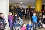 Ve středu se zpívalo například i v mladoboleslavské Základní škole Pastelka v Severním městě.