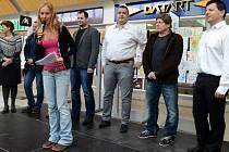 Akce pro děti z dětských domovů, kterou pořádala firma Dragon, BK Mladá Boleslav a nákupní centrum Olympia