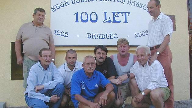 Bradlečtí hasiči oslavili již sto let od svého založení.