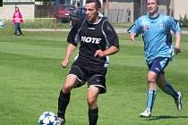 Marek Limr si chystá míč ke střele