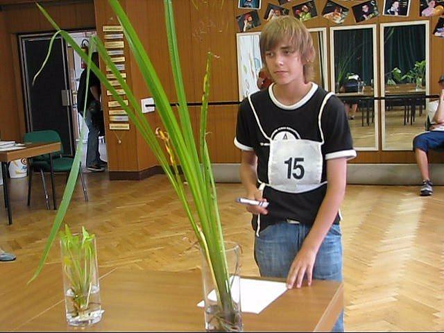 Součástí Zlaté udice byla i poznávačka rostlin.