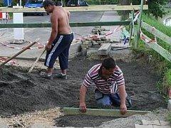 Opravené chodníky budou v Bělé přínosem