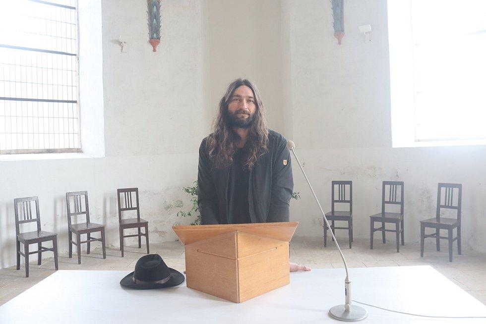 Evangelický farář Jonatan Hudec.