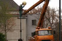 Výměna lamp veřejného osvětlení v Bělé