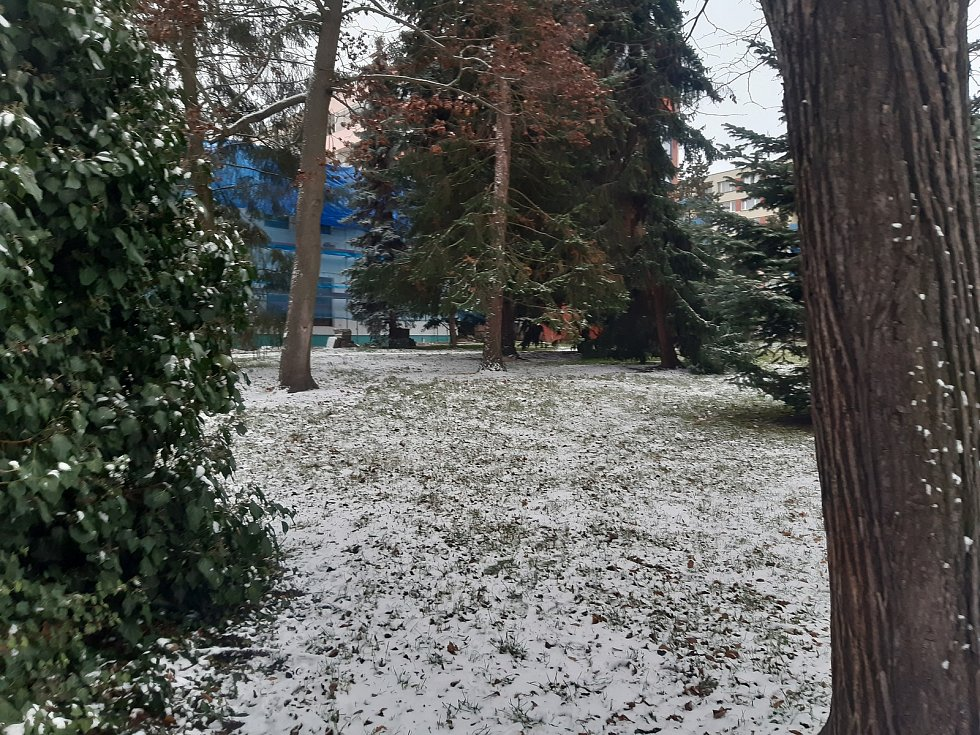 První sníh v Mladé Boleslavi (Advent 2020).