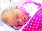 NATÁLKA BEŇOVÁ se narodila 5. srpna mamince Lucii a tatínkovi Leošovi. Po narození vážila 2,650 kg a měřila 46 cm. Doma v Kosořicích se na ni už těší sestřička Lucinka.