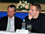 Sportovní manažer BK Mladá Boleslav Luděk Bukač (vlevo).
