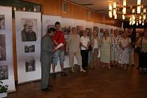 Výstava Zaniklý svět v Domě kultury nabízí nový pohled na menšiny Romů a Sintů