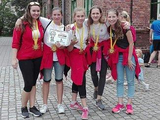 Mladé zdravotnice přivezly z Ostravy zlato