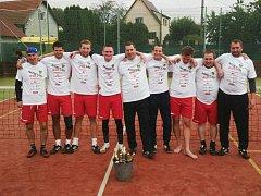 Nohejbalisté Jizerního Vtelna vyhráli krajskou soutěž.