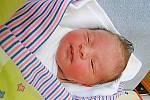 Marek Jedlička se narodil 14. listopadu, vážil 3,5 kg a měřil 51 cm. Maminka Monika a tatínek František si ho odvezou domů do Doks.