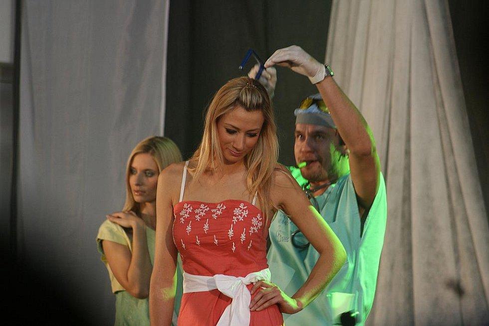 Módní show v Olympia centru v Mladé Boleslavi.