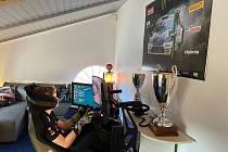 Oliver Solberg na trati Argentiské rally v rámci virtuálního závodu Škoda Motorsport eChallenge doma v pokojíčku