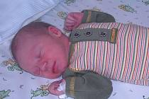 DENIS Kalina je od nynějška mladším sourozencem brášky Maxima. Na svět přišel s váhou 2,9 kg a délkou 48 cm. Rodiče Zuzana a Radim jsou z Mladé Boleslavi.