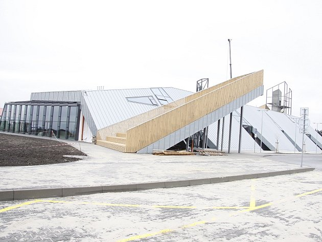 Letecké muzeum MB - stavba