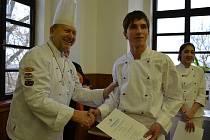 Zakončení kurzu studené kuchyně na škole v Horkách