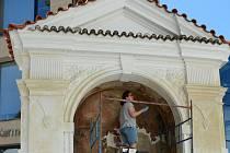 Barokní kapličky na Karmeli procházejí opravami