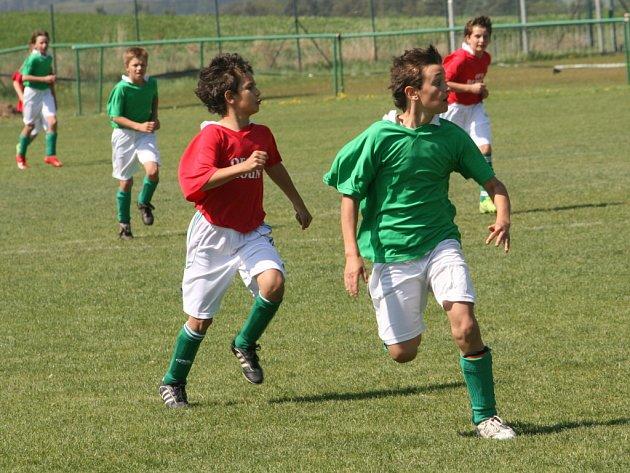 Ze zápasu OFS Kolín - OFS Beroun