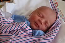 Lukáš Hadač, Bačalky. Narodil se 22. července, vážil 3,11 kg a měřil 49 cm. Domů za bráškou Tomášem si ho povezou rodiče Radka a Tomáš.