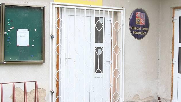 Volební místnost se v Prodašicích otevře až v lednu 2015