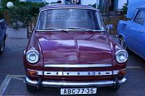Škoda MBX Ladislava Neumanna byla jedním z krasavců, kteří zavítali na víkendový slet škodovek do Mladé Boleslavi.