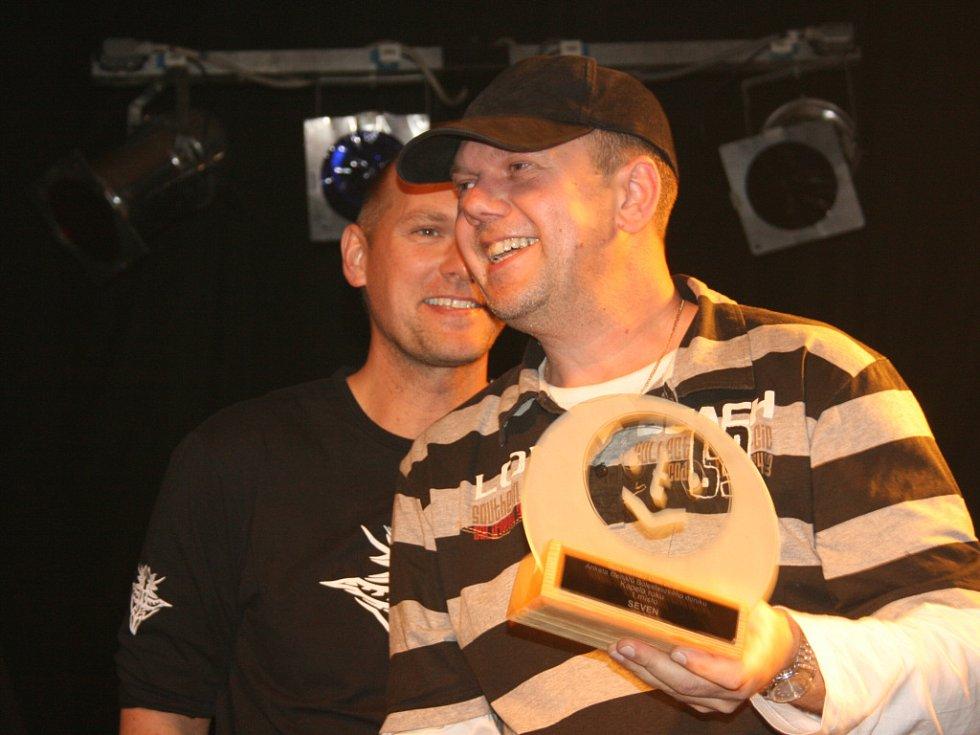 Tomáš Kargl převzal cenu za svého zesnulého otce Ladislava Kargla.