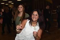 Romský ples. Ilustrační foto.