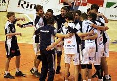Volejbalisté Benátek oslavili ve Zlíně první tříbodovou výhru v sezoně.