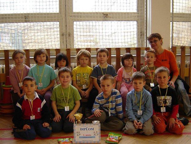 Vítězné družstvo mateřské školy Kosmonosy.