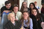 Studenti navštívili seniory