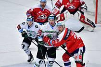 Boleslavští v pátek počtvrté v sezoně narazí na Pardubice.