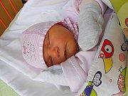 Amálie Šikalová přišla na svět 30. září s mírami 3,03 kg a 46 cm. S maminkou Marcelou a tatínkem Matějem bude bydlet v Debři.