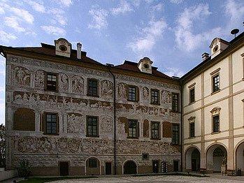 Zámek Benátky nad Jizerou - městský úřad