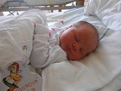 ANNA Gregorová přišla na svět 15. září. Vážila 4,05 kilogramů a měřila 51 centimetrů. Maminka Lucie a tatínek Aleš si ji odvezou domů do Benátek nad Jizerou.