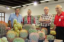 Pořadatelé výstavy jsou ochotni poskytnout začínajícím pěstitelům rady.