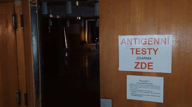 Antigenní testování běží v Domě kultury