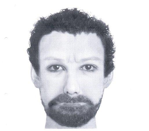 Muž podezřelý zpobodání ženy vKosmonosech