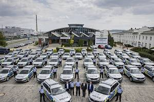 Škoda Auto dodá nové vozy pro Policii ČR, do služby se hlásí modely KODIAQ a SUPERB v policejním provedení.