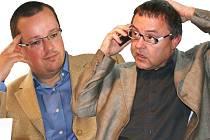 Manažeři Václav Řičář (vlevo) a Jaroslav Mitlener končí ve vedení Klaudiánovy nemocnice Mladá Boleslav.