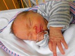 Kristýnka Boskovicová se narodila 11. dubna s váhou 2,44 kg. S maminkou Janou a tatínkem Lukášem bude bydlet v Dolních Stakorách.