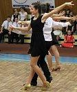 Ve sportovní hale Bělé pod Bezdězem se již tradičně před vánočními svátky konalo vystoupení dětí Taneční školy Bela Dance! pod vedením trenérů Kateřiny Kabátníkové a Radka Ježka.