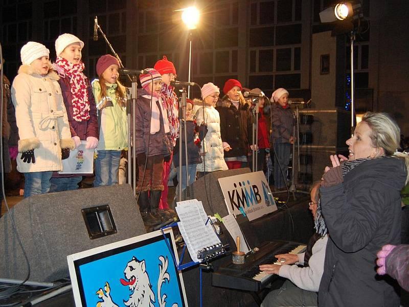 Rozsvěcení vánočního stromu na Staroměstském náměstí v Mladé Boleslavi.